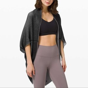 LULULEMON | Exaltation Wrap Black Stargaze